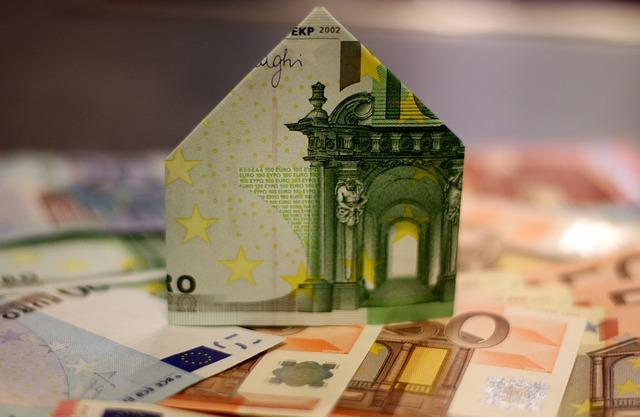 Půjčkomat nebo Profi Credit